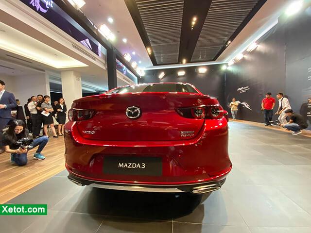 duoi-xe-mazda-3-2021-hatchback-otoz-vn