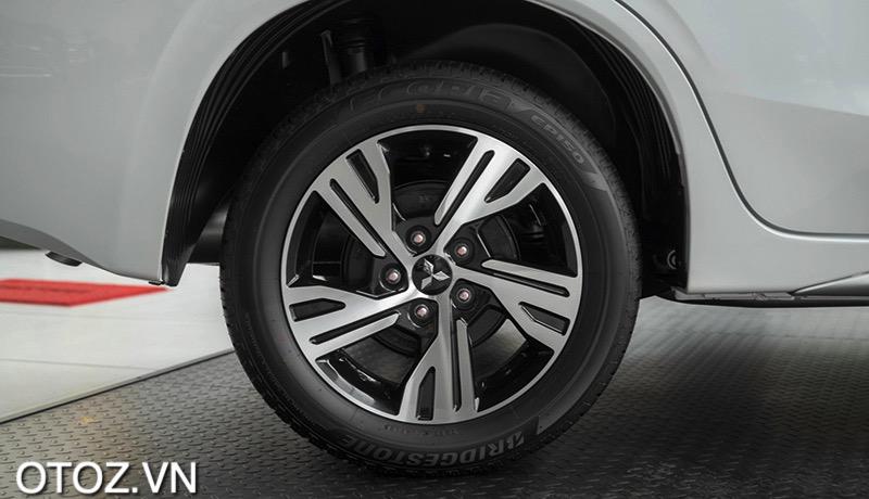 mam-xe-mitsu-xpander-2021-otoz-vn