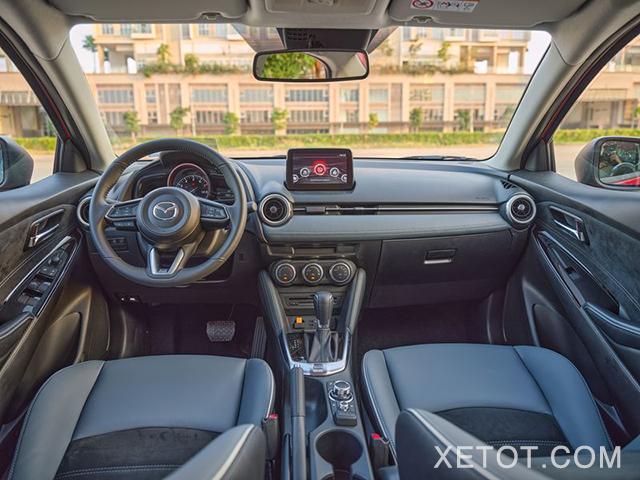noi-that-xe-mazda-2-2021-sedan-xetot-com