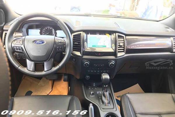 Nội thất xe Ford Ranger Wildtrak 2.0 Bi-Turbo