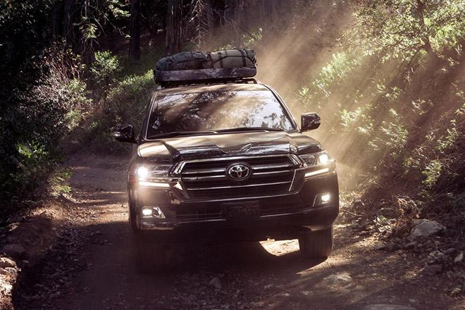 Dau-xe-Toyota-Land-Cruiser-Heritage-Edition-2021-trinh-lang-danhgiaxehoi-vn